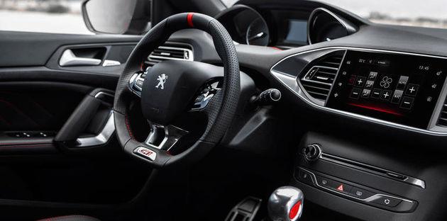 2016-Peugeot-308-GTi-6
