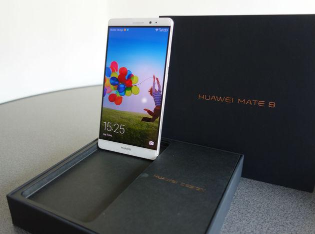 Huawei Mate 8 on