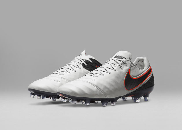 Nike_Football_TIEMPO_LEGEND_E_rectangle_1600