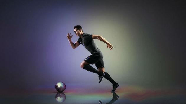 Nike_Vapor_Kit_with_AeroSwift_Tech