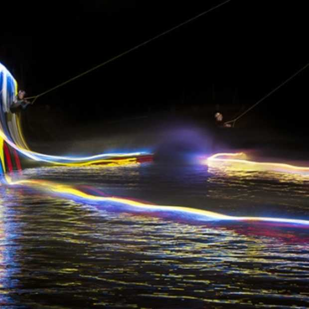 Ongezien Red Bull motion to light wakeboarding