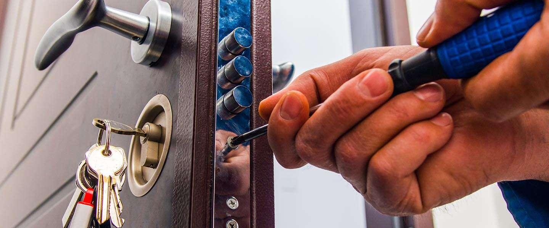Bang voor inbrekers? Slotenmaker Antwerpen kan je adviseren