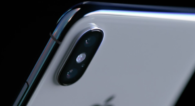 apple-event-iphone-x-closeup
