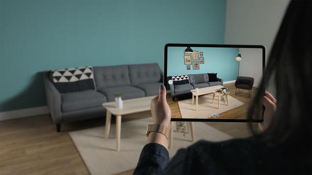 Apple_new-iPad-Pro-AR-screen
