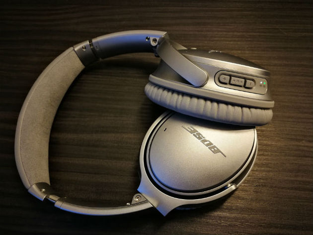 bose QC35 buttons