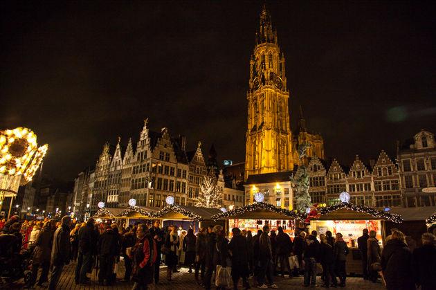 kerstmarkt-antwerpen-2014