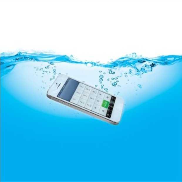 De grootste vijand van de smartphone? Water!