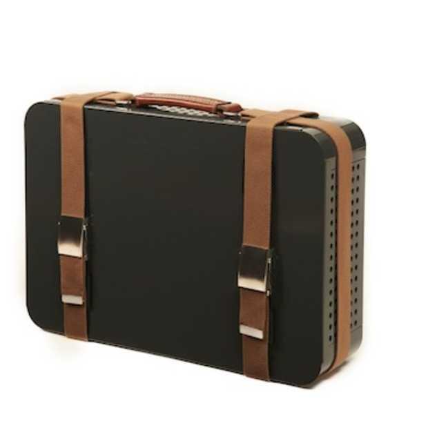 Deze koffer is eigenlijk een tafelbarbecue