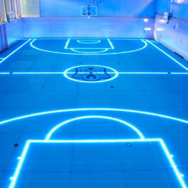 GlassFloor: een sportveld op basis van LED lijnen