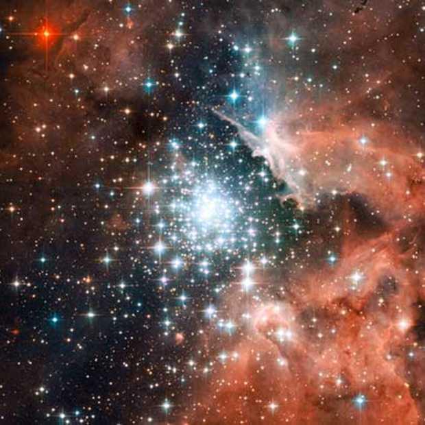 Het kerstcadeau van NASA: de Hubble & Webb Telescope Discoveries iBooks.