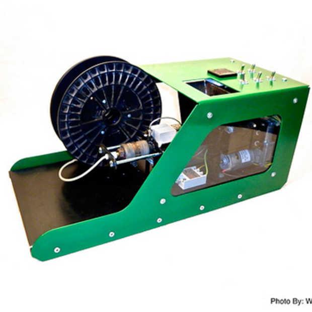 Met Filabot maak je zelf 3D printer 'inkt' van gerecycleerd plastic