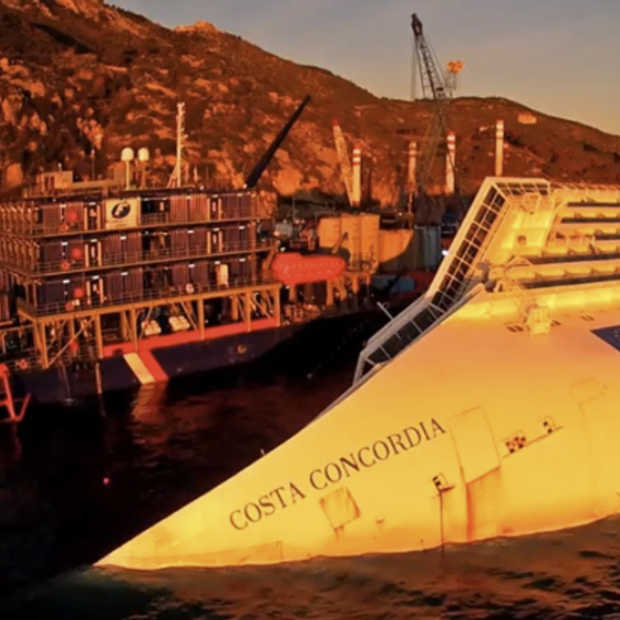 Quadcopters filmen de Costa Concordia