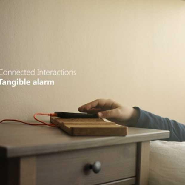 Tangible Alarm - de wekker die je met je ogen dicht bedient