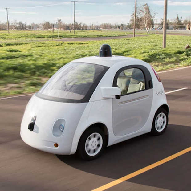 Google: Zelfrijdende auto met een limiet van 40 km/u deze zomer de weg op